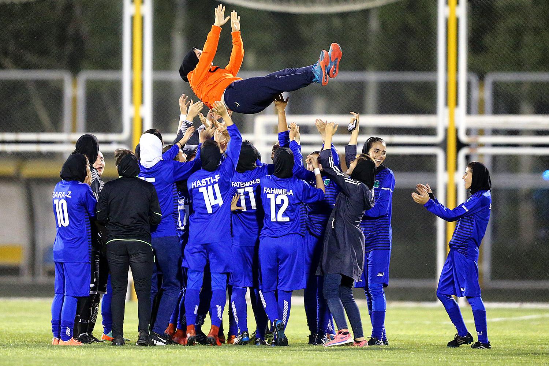 کرمان چگونه قطب فوتبال زنان شد؟