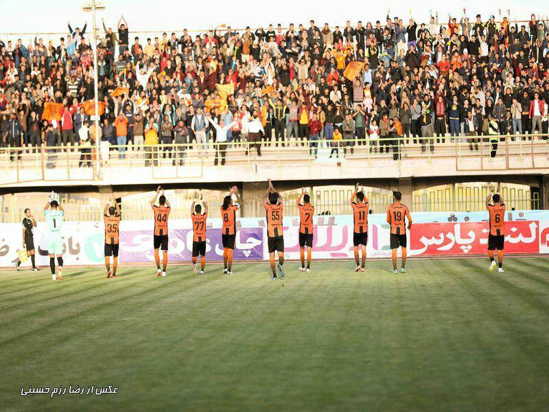 کلاس درس کرمانی ها برای فوتبال ایران