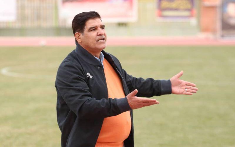 مهاجری: به بازیکنانم گفتم زیر توپ بزنند!
