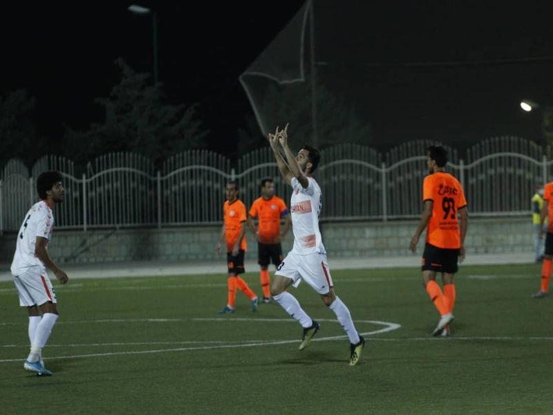 تیم حسینی پیروزی سر بزنگاه را بلد است
