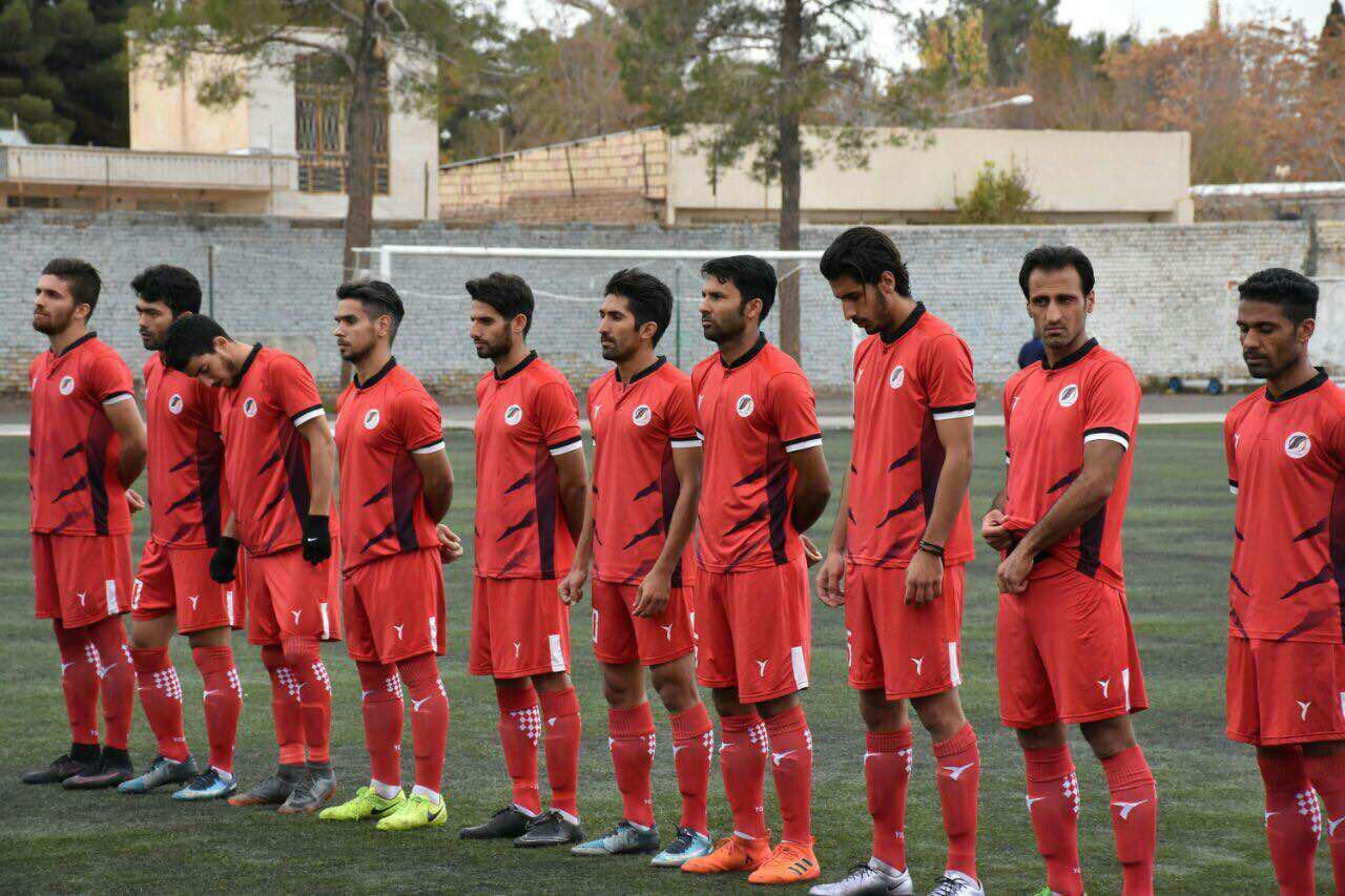 سیرجانی ها یکه تاز لیگ یک و دو فوتبال ایران