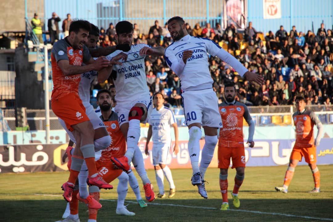 گزارش تصویری: هفته هفدهم لیگ برتر فوتبال کشور/ گلگهر سیرجان 1 - 1 سایپا تهران