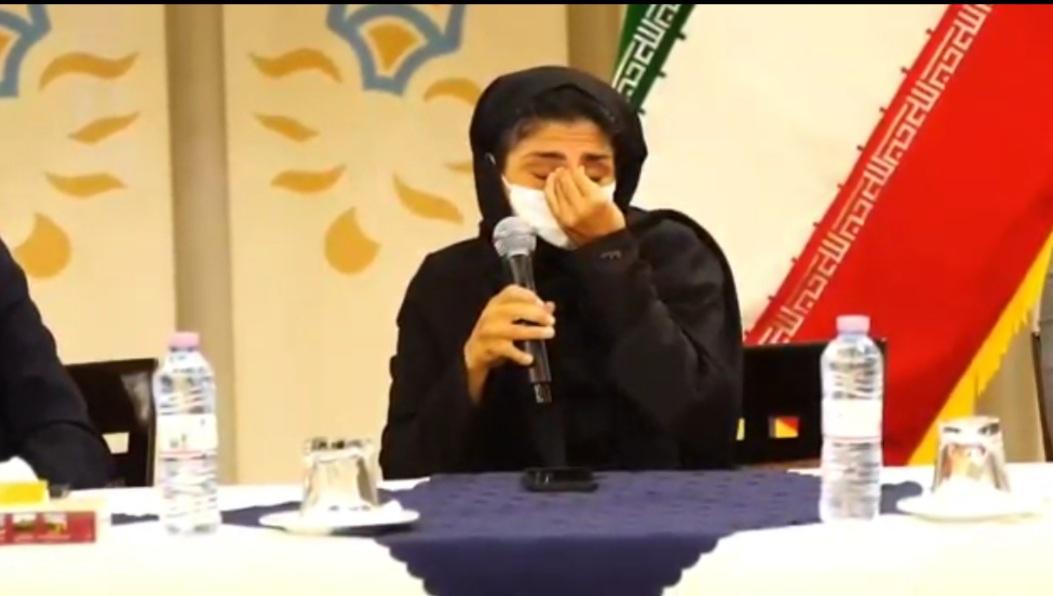لحظات غمناک در نشست خبری خانم پرافتخار فوتبال (عکس)