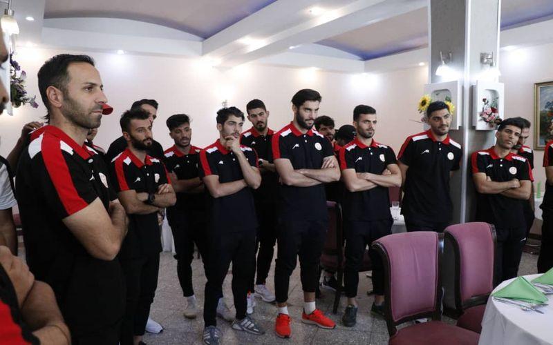 مسیها برای بازی حساس به تهران رسیدند