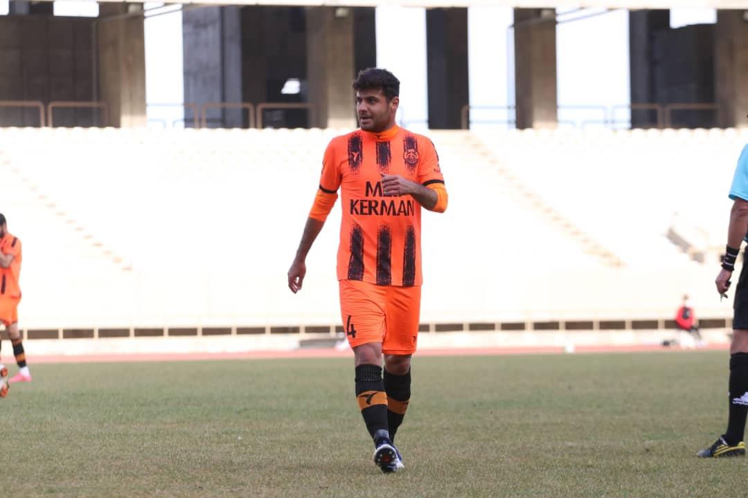 گزارش تصویری: هفته هشتم لیگ دسته یک فوتبال کشور/ قشقایی شیراز- مس کرمان از نگاه دوربین فاضل حبیبی
