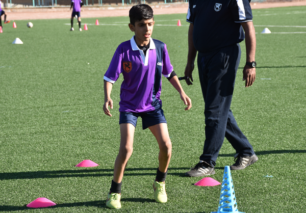 گزارش تصویری: تمرینات آکادمی فوتبال باشگاه مس رفسنجان + معرفی مربیان و کمیته فنی
