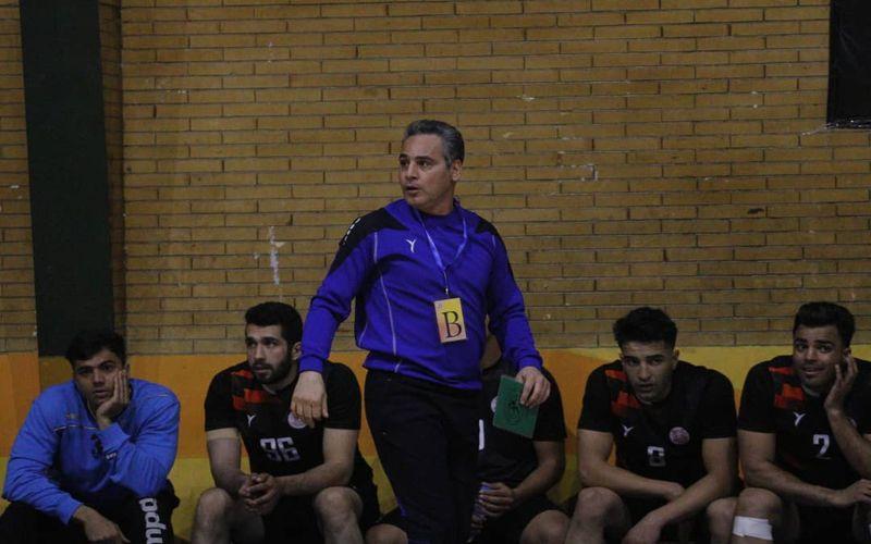 صادقی: تکلیف لیگ هندبال را زودتر مشخص کنید