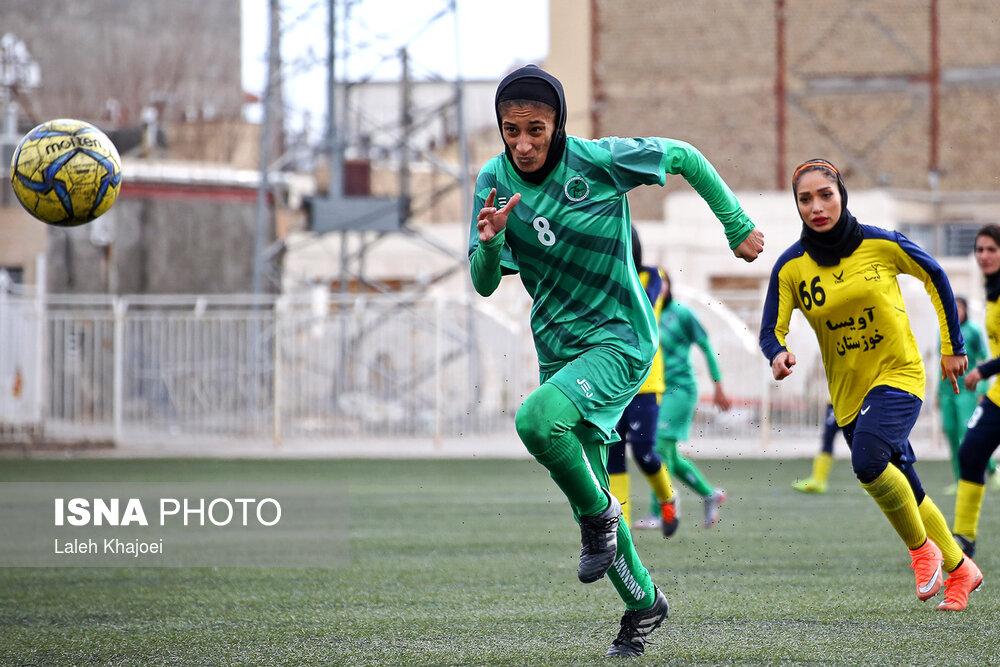 شبنم بهشت: موافق برگزاری مجدد لیگ برتر فوتبال زنان نیستم