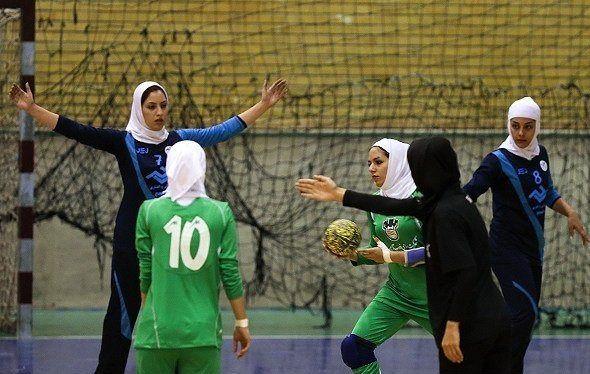 دعوت دو دختر کرمانی به اردوهای تیم ملی هندبال