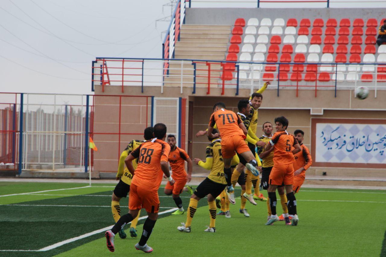 گزارش تصویری: معوقه هفته چهاردهم لیگ دسته یک فوتبال کشور/ مس رفسنجان - خوشهطلایی ساوه
