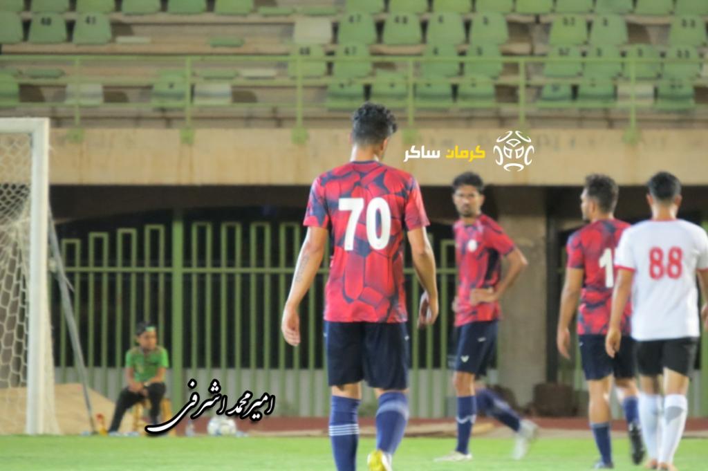 گزارش تصویری: هفته بیست و دوم لیگ دسته دوم فوتبال کشور/ مس نوین کرمان-امید بندر گناوه از نگاه دوربین امیرمحمد اشرفی