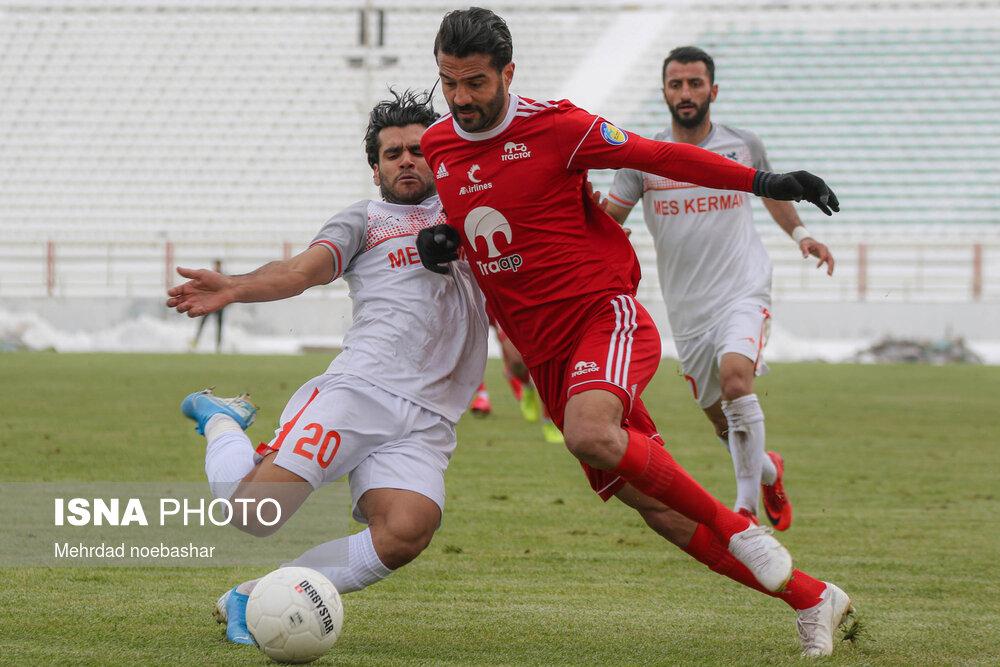 گزارش تصویری: مرحله یکچهارم نهایی جام حذفی فوتبال کشور (سری اول)/ تراکتور تبریز - مس کرمان