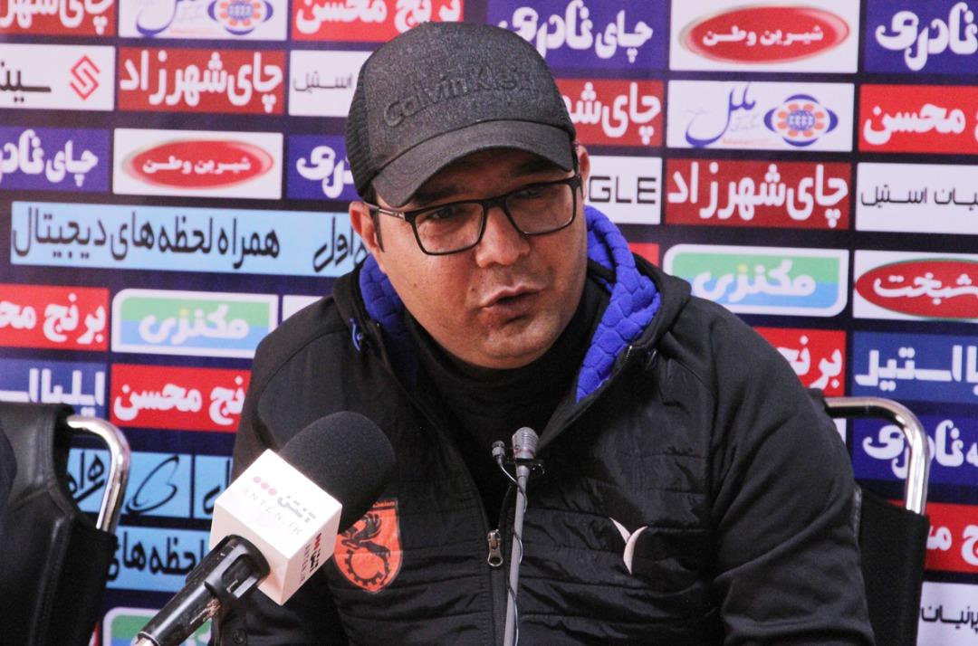 ربیعی: همسترینگ تبدیل به مشکل اصلی فوتبال ایران شده است