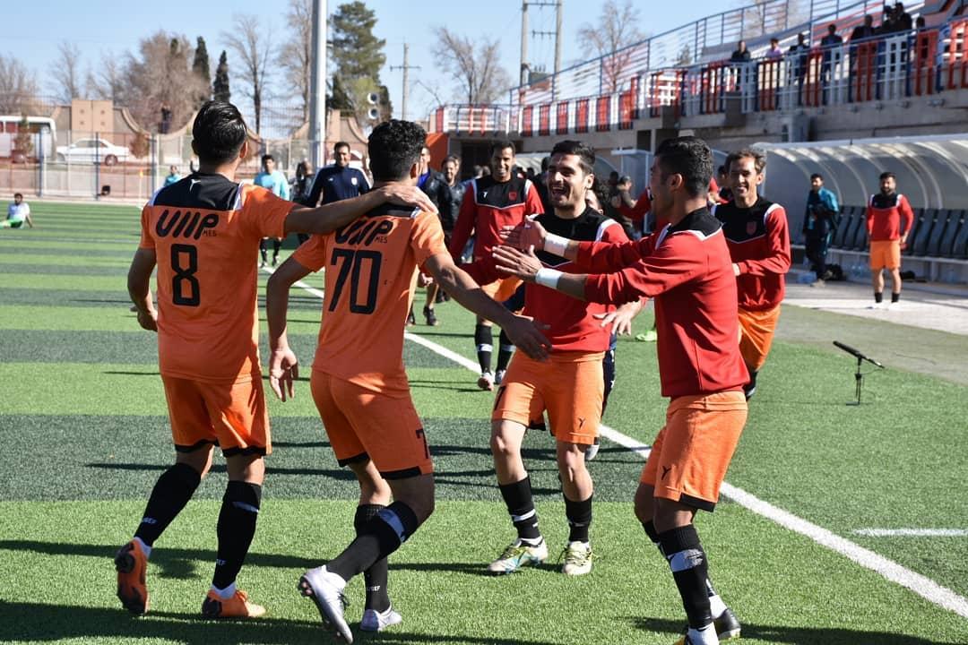 گزارش تصویری: هفته بیست و ششم لیگ دسته یک فوتبال کشور/ مس رفسنجان - آلومینیوم اراک