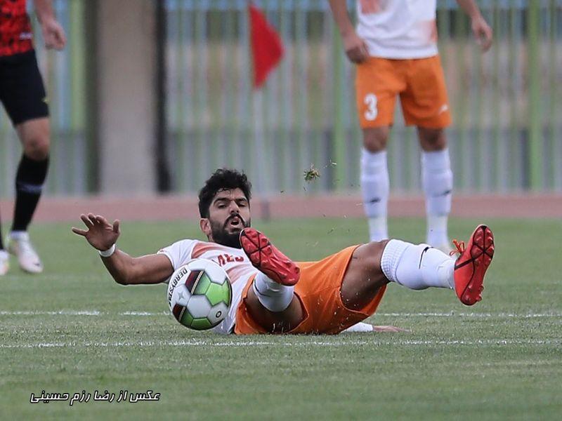 هفته نهم لیگ دسته یک فوتبال کشور/ خلاصه دیدار مس کرمان 0 - 1 فجرسپاسی شیراز