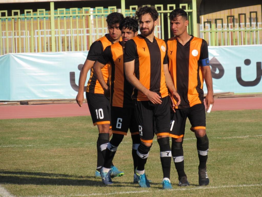 گزارش تصویری: هفته دهم لیگ دسته دوم فوتبال کشور (سری اول)/ مسنوین کرمان - شهیدقندی یزد