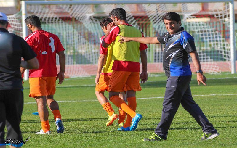 تیم امسال مجتبی حسینی ضعیف است