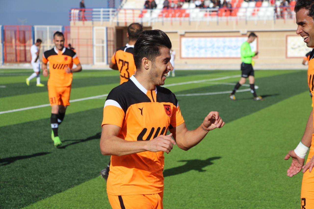 بهترین گلزنان تیمهای کرمانی در لیگ یک را بشناسید