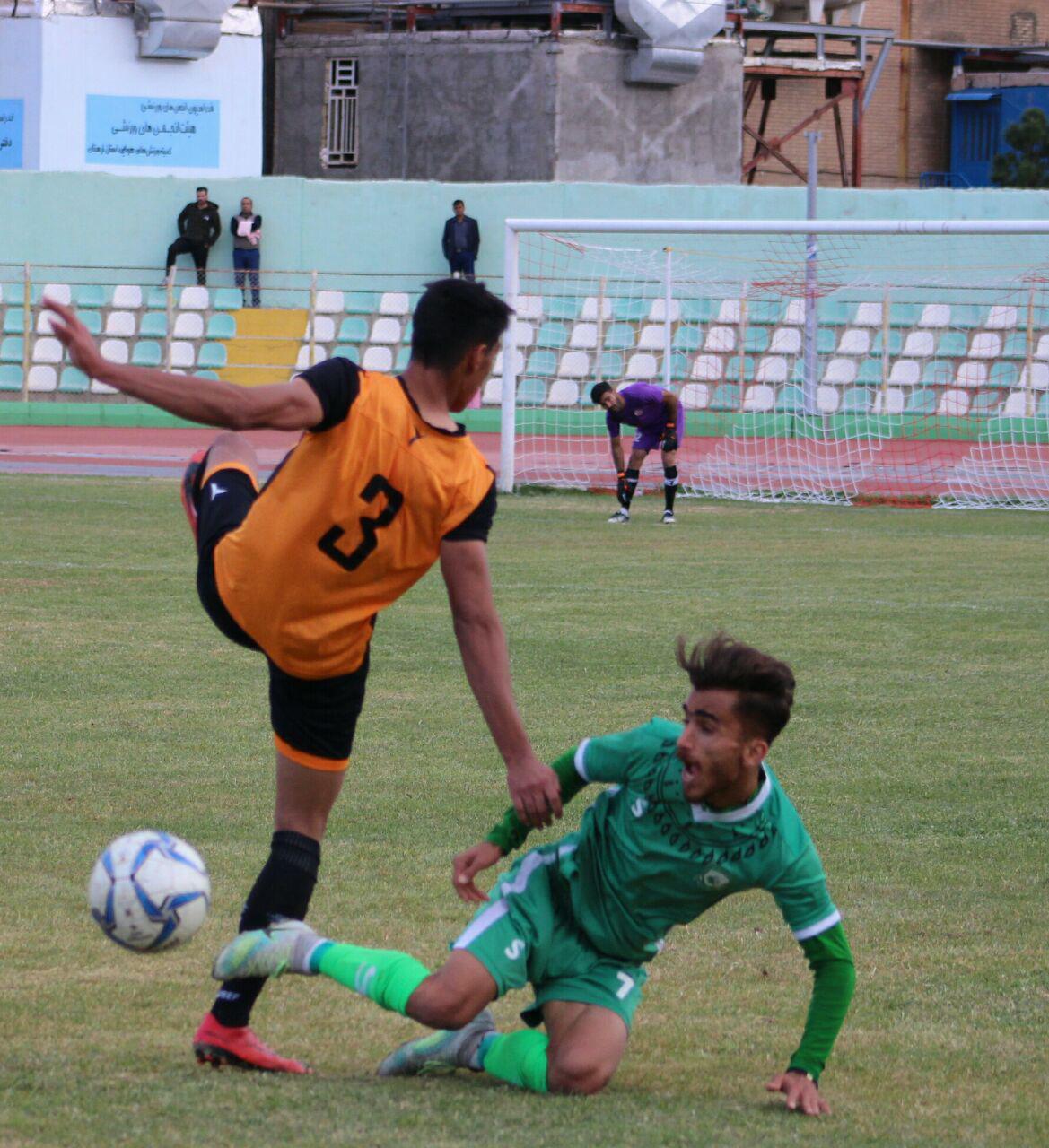 گزارش تصویری: هفته یازدهم لیگ دسته دوم فوتبال کشور/ خیبر خرمآباد - مسنوین کرمان