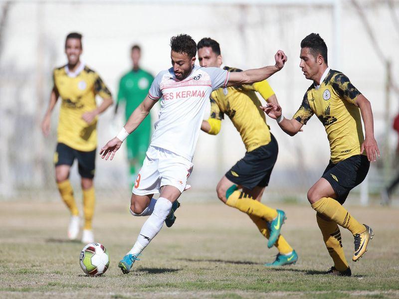 گزارش تصویری: هفته بیست و چهارم لیگ دسته یک فوتبال کشور/ خوشه طلایی ساوه 0 - 1 مس کرمان