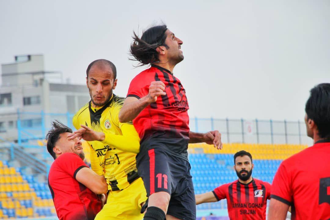 گزارش تصویری: هفته بیست و سوم لیگ دسته یک فوتبال کشور/ آرمانگهر سیرجان 4 - 0 فجرسپاسی شیراز