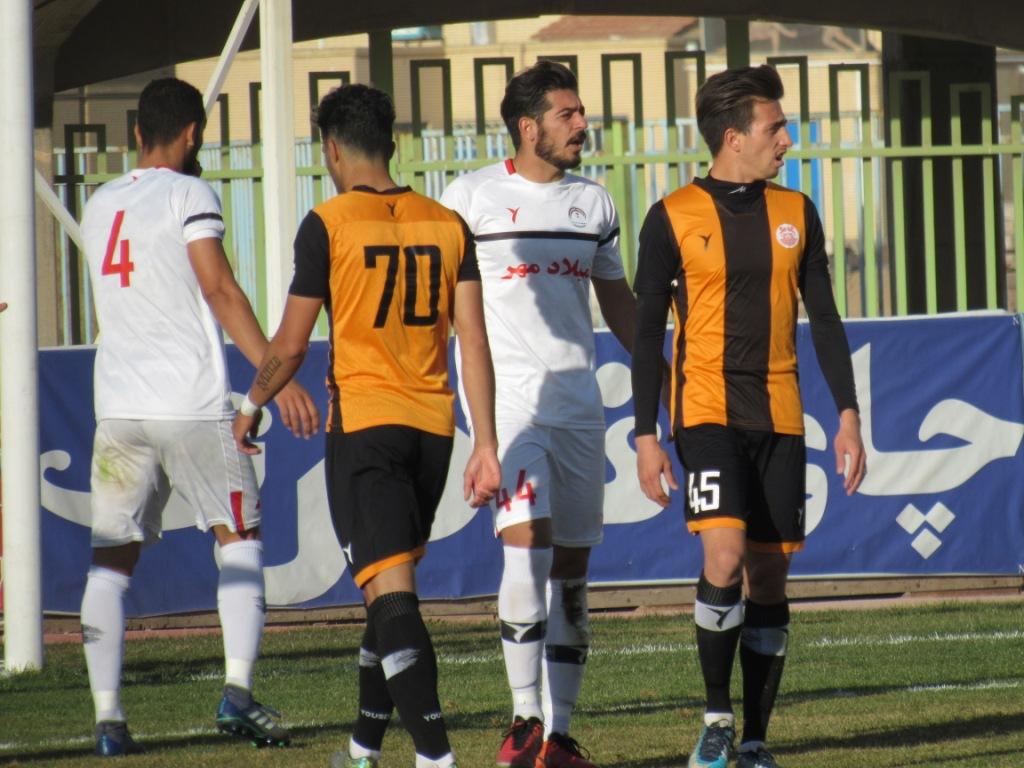 گزارش تصویری: هفته دوازدهم لیگ دسته دوم فوتبال کشور (سری اول)/ مسنوین کرمان - میلادمهر تهران