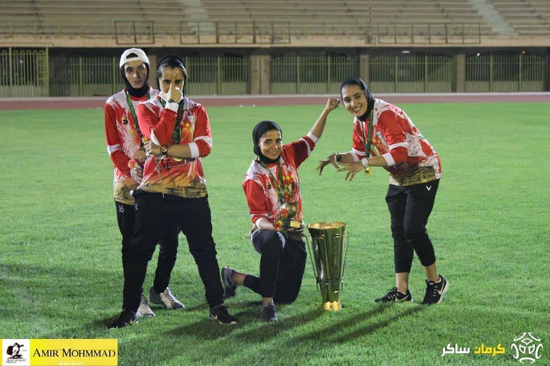 دختران خوش عادت و جشنی دیگر با جام طلایی