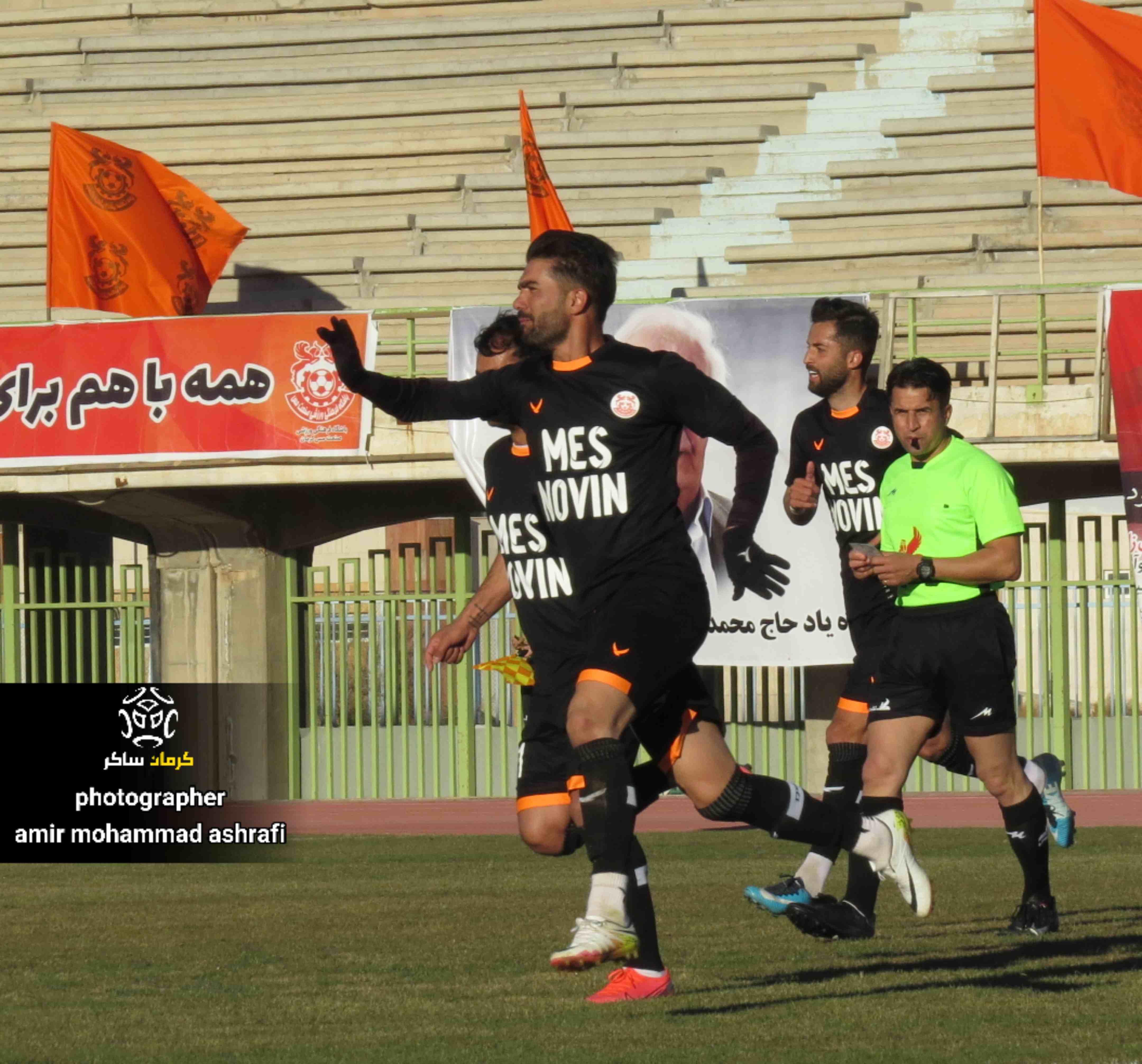 گزارش تصویری: هفته سوم لیگ دسته دوم فوتبال کشور/ مس نوین - ویستا توربین تهران از دریچه دوربین امیرمحمد اشرفی