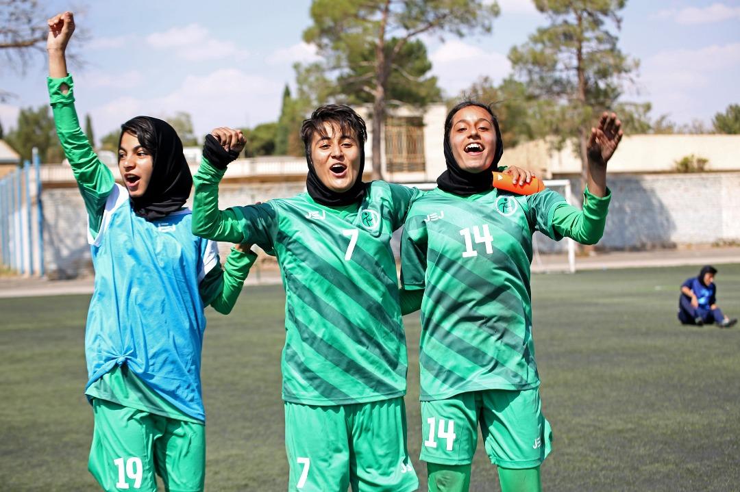 وزارت ورزش از پخش اینترنتی ورزش زنان حمایت میکند؟