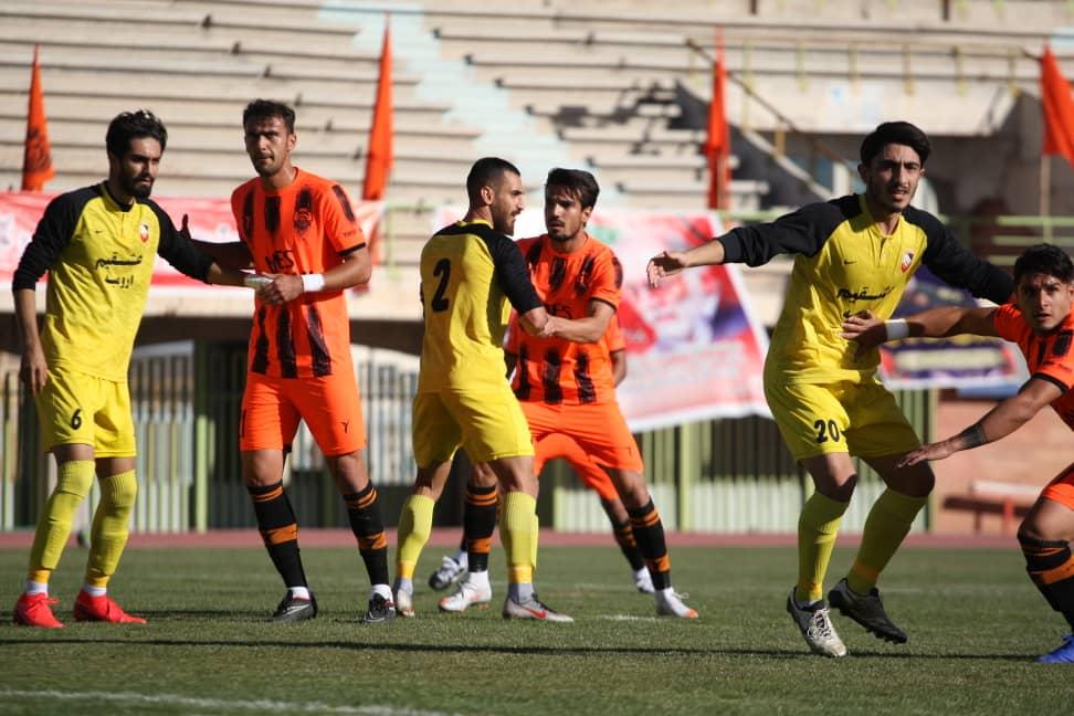 گزارش تصویری: هفته پنجم لیگ دسته یک فوتبال کشور/ مس کرمان - نود ارومیه از نگاه دوربین فاضل حبیبی
